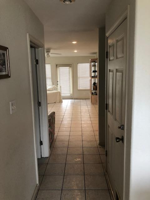 Hallway between kitchen and livingroom.